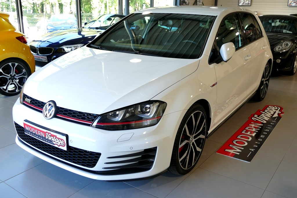 Volkswagen Golf VII GTI Performance 230 DSG