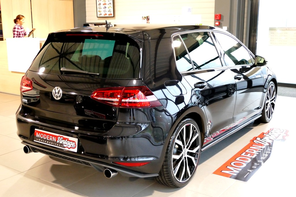 Volkswagen Golf VII GTI Performance 230cv DSG