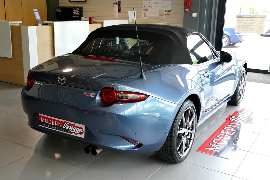 Mazda MX-5 ND Roadster 2.0 160 Selection