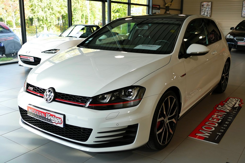 Volkswagen Golf VII GTI 230 DSG Performance