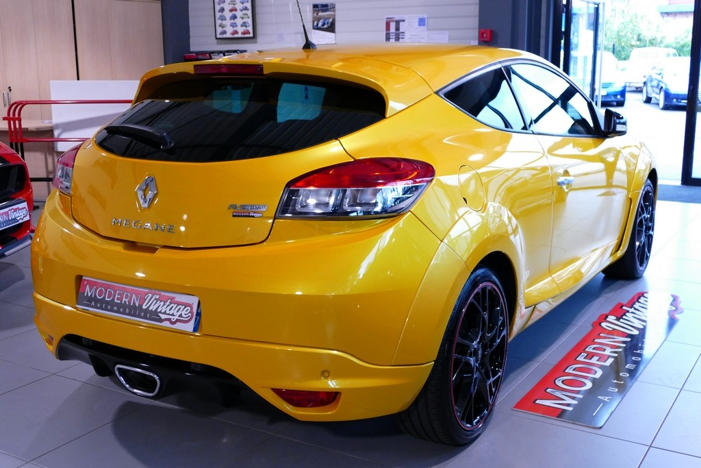 Renault Megane Coupe RS Trophy 265 N°136